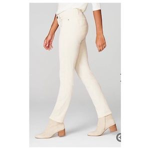 NWT Off White/Cream Skinny Jeans by Lou & Grey